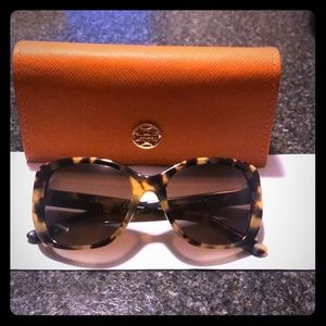Brand new Tory Burch !